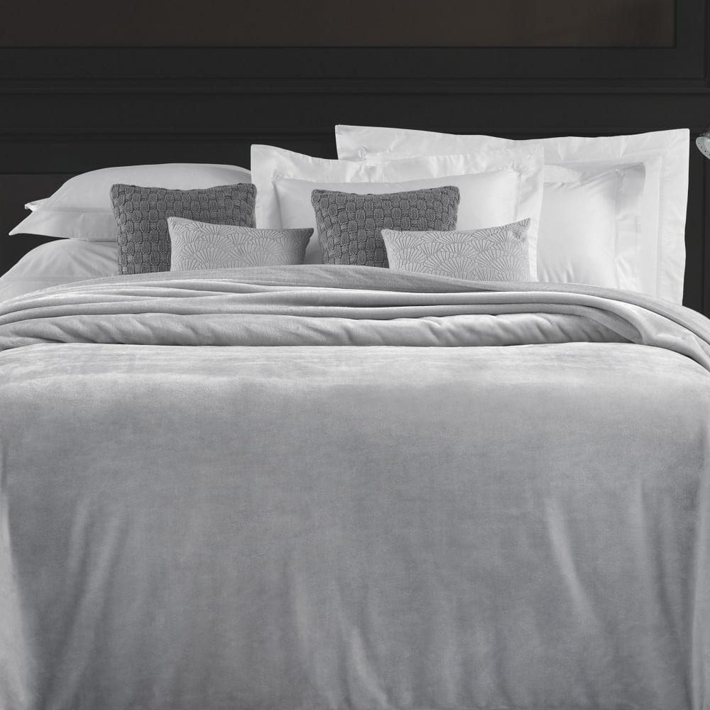 Cobertor-Casal-Trussardi-100--Microfibra-Aveludado-Piemontesi-Platino
