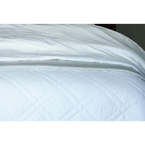 Colcha-Solteiro-Trussardi-1-Porta-Travesseiro-300-Fios-Cetim-Neoclassico-Branca-Branco