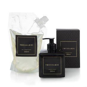 Kit-de-Aromas-Trussardi-Sabonete-Liquido-e-Refil-Nero